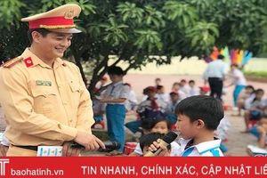 Gần 800 học sinh Lộc Hà được giáo dục Luật Giao thông đường bộ