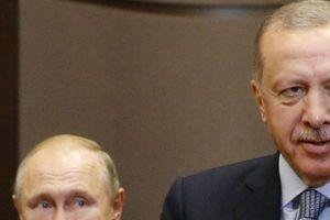 Không hài lòng về cách sắp đặt người Kurd ở Syria, Thổ Nhĩ Kỳ 'chĩa súng' vào Nga đe dọa?