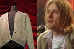 Bán đấu giá áo khoác len của Kurt Cobain