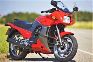 10 mẫu môtô nhanh nhất mọi thời đại
