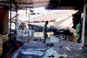 40 gian hàng ở chợ Phước Long bị thiêu rụi trong đêm