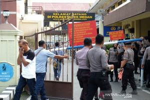 Đánh bom liều chết tại sở cảnh sát TP Medan, Indonesia