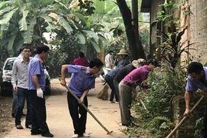 Cán bộ Kiểm sát và 'Ngày thứ 7 cùng dân' ở Trấn Yên