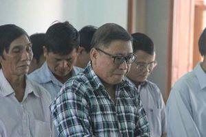 Nguyên Chủ tịch UBND huyện Đông Hòa và thuộc cấp lĩnh án 48 năm tù