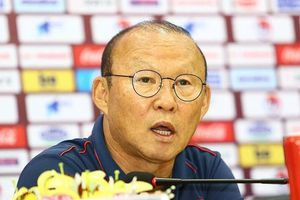 HLV Park: 'UAE sẽ chọn thời điểm để chơi tất tay với Việt Nam'