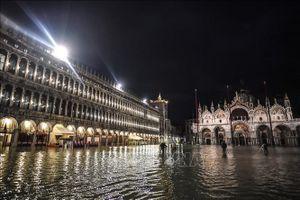 Thảm họa thủy triều 'nhấn chìm' Venice trong biển nước