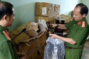 Đà Nẵng: Phát hiện một căn nhà chứa hàng ngàn hộp shisha không rõ xuất xứ