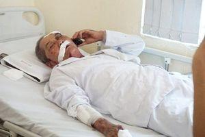 Tài xế xe ôm đánh cựu binh 80 tuổi rạn xương sườn, chấn thương nặng vì… khó chịu có thể bị phạt tù