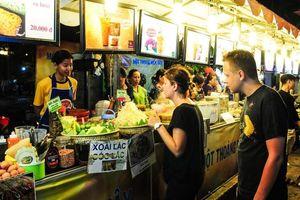 Nhiều món ăn đặc sắc tại Liên hoan ẩm thực 'Món ngon các nước'