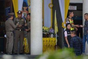 Tướng về hưu bắn chết hai người tại tòa ở Thái Lan