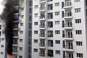 Hà Nội: Cháy căn hộ ở chung cư CT2A tại quận Đống Đa