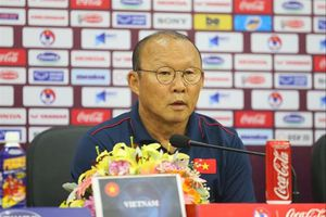 HLV Park Hang Seo chuẩn bị 'vũ khí' gì cho trận quyết đấu UAE?