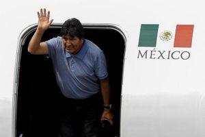 Hành trình đầy vất vả đến với Mexico của ông Evo Morales