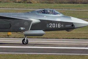 Không quân Trung Quốc sẽ 'bắt kịp' Mỹ vào năm 2030?