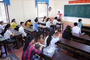 Hà Nội rà soát trường hợp được đặc cách giáo viên hợp đồng trước ngày 20/11