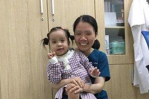 Xúc động tâm thư gửi những người giành giật sự sống thành công cho con gái