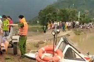 Đắk Lắk: Đi bắt rắn bị nước cuốn trôi mất tích