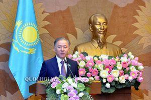 Chủ tịch Quốc hội Nguyễn Thị Kim Ngân và Chủ tịch Hạ viện kazakhstan tổ chức họp báo