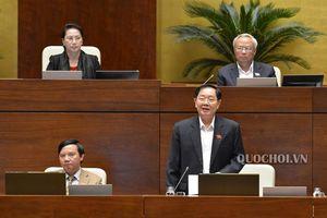 Bộ Trưởng Bộ Nội vụ giải trình một số vấn đề về dự thảo Nghị quyết về thí điểm không tổ chức hđnd tại các phường thuộc quận, thị xã của Tp. Hà Nội