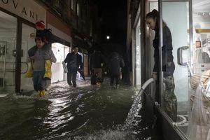 Thảm họa Venice chìm trong biển nước