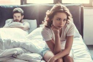 Chung giường với bạn trai cũ vì không có tiền thuê nhà riêng
