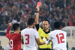 Trọng tài UAE nhận định thẻ đỏ trên sân Mỹ Đình là chính xác