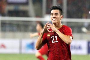 Tiền đạo Nguyễn Tiến Linh nói gì sau trận đấu với đội tuyển UAE?