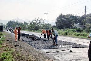 Chấm thầu dự án sửa chữa mặt đường thuộc đường Hồ Chí Minh: Có hay không khuất tất?