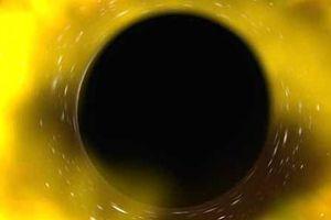 Choáng váng chứng kiến lỗ đen xé toạc ngôi sao