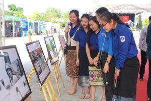 Khai mạc 'Ngày hội thắm tình hữu nghị đặc biệt Việt Nam-Lào' năm 2019
