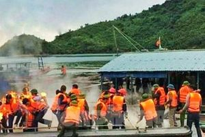 Clip đoàn cán bộ cưỡng chế ở Vân Đồn bị tấn công