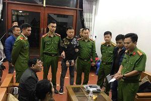 Lạng Sơn: Bắt đối tượng buôn lậu 30 tấn chân giò lợn