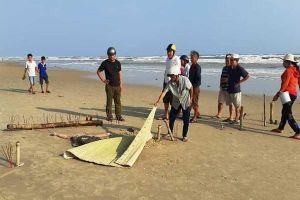 Thi thể không đầu dạt vào bờ biển Quảng Nam