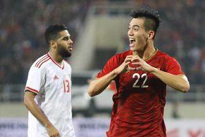 Thắng thuyết phục UAE, tuyển Việt Nam dẫn đầu bảng G