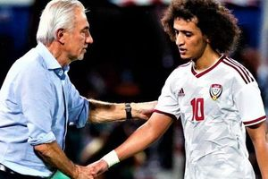 HLV UAE bị học trò công khai chỉ trích sau trận thua Việt Nam