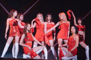 Twice tiếp tục trở thành KPop group duy nhất xuất hiện trong chương trình cuối năm nổi tiếng của Nhật