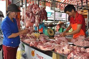 Giá thịt lợn tăng đột biến: Không phải do thiếu nguồn cung!