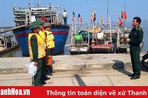 Cứu nạn thành công 7 người trên tàu cá của xã Hoằng Trường