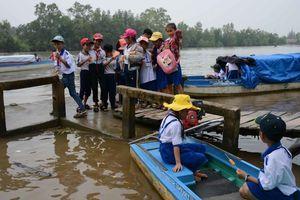 Cà Mau: Lúng túng xử lý đò đưa rước học sinh thiếu an toàn