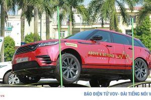 Thử khả năng lội nước và off-road của Land Rover