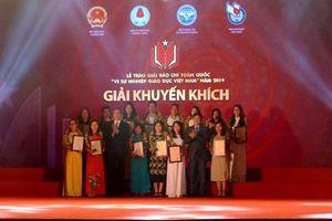 Trao Giải báo chí 'Vì sự nghiệp Giáo dục Việt Nam' năm 2019, chính thức phát động Giải năm 2020