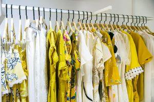 Tạm giữ nhiều sản phẩm thời trang hiệu IFU nghi vi phạm nhãn mác