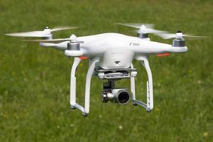 Tạm thời cấm flycam bay trong bán kính 8 km quanh sân bay