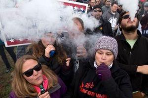 Apple mạnh tay trong công cuộc cấm thuốc lá điện tử