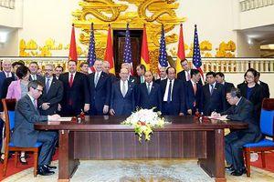 Bộ trưởng Thương mại Mỹ cùng giám đốc điều hành của 17 công ty hàng đầu Mỹ đến Việt Nam