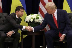 Nhà Trắng lại công bố báo cáo nội dung cuộc gọi tiếp theo giữa Trump – Zelensky
