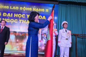 Trao tặng Huân chương Lao động hạng Nhì cho ĐH Y khoa Phạm Ngọc Thạch