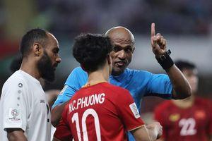 Trọng tài 'Colina châu Á' sẽ mang lại may mắn cho tuyển Việt Nam khi gặp Thái Lan?