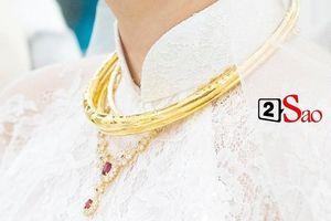 Số vàng bạc, kim cương 'sương sương' mà Bảo Thy và chồng đeo trong đám cưới