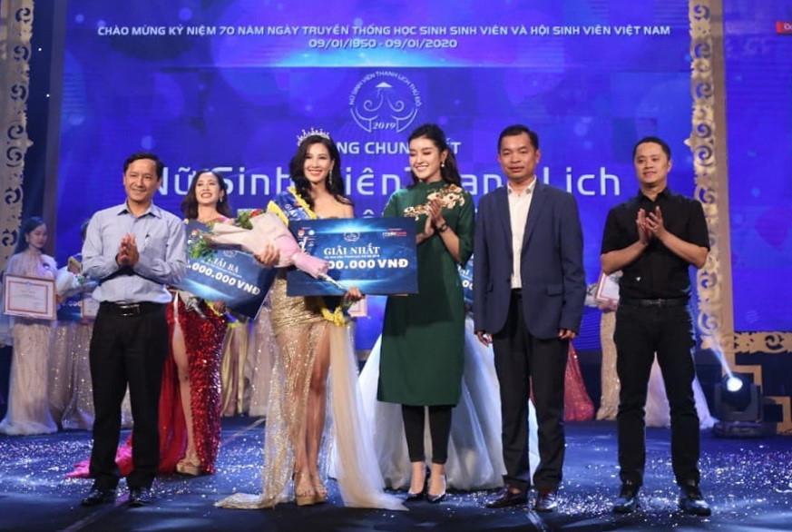 Nữ sinh Đại học Hà Nội đăng quang Nữ sinh viên thanh lịch Thủ đô